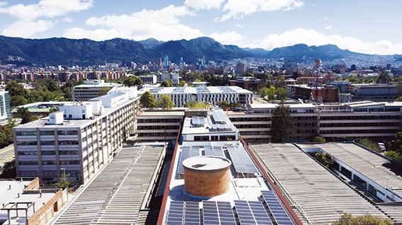 Con la instalación de 360 paneles solares, la Nueva Energía llega al Ministerio de Minas y Energía